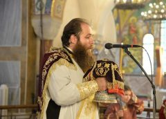 Πατρῶν Χρυσόστομος: «Παιδί μου, πορεύου ὡς Καλός Σαμαρείτης στήν ἱερατική σου ζωή καί ποίει ὁμοίως…»